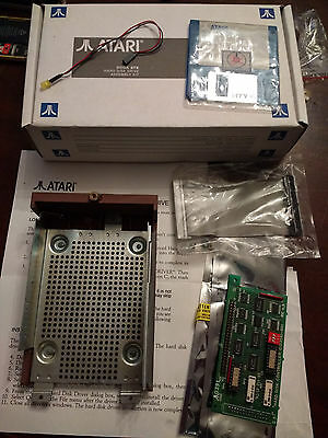 DMA to SCSI adapteur included in Atari Mega STE Hard Disk Drive assembly kit