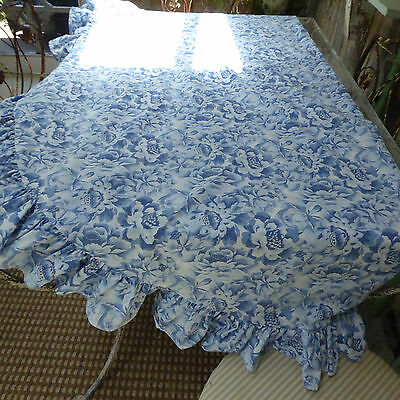Laura Ashley 70 inch Round Tablecloth Blue Flowers Ruffle 50%Cotton/50Polyester