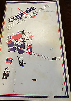 1977-78 Washington Capitals Media Guide Signed By 20 Mcnab Marson Labre Wolfe