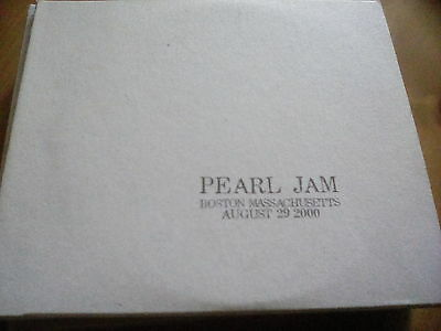 Official Bootleg Pearl Jam 2 Disc CD Live Boston Massachusetts 2000 Tour Gig
