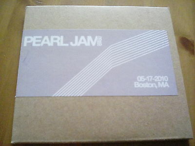 Official Bootleg Pearl Jam Boston 2 Disc CD Live 2010 Tour Gig