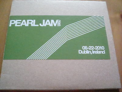 Official Bootleg Pearl Jam Dublin Ireland 2 Disc CD Live 2010 Tour Gig
