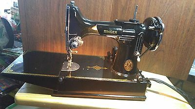Singer Featherweight 221 Mechanical Sewing Machine