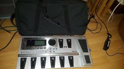 Boss GT10 Superb Condition Original Box + Gator Travel Case and Power Cable