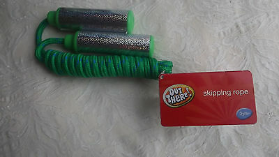 NEW withTAG Green Skipping Rope 3+ Great Exercise and Fun for Kids