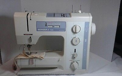 Bernina 1020 Sewing Machine with Foot Pedal and Case