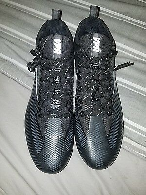 NIKE VAPOR UNTOUCHABLE PRO FOOTBALL CLEATS SIZE 10.5 Black/WHITE 844816-010