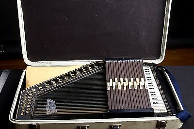 Vintage Oscar Schmidt 15 Chord Autoharp with Case and Extras