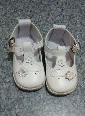 Spanish Leather Baby Girls Shoes Size 3