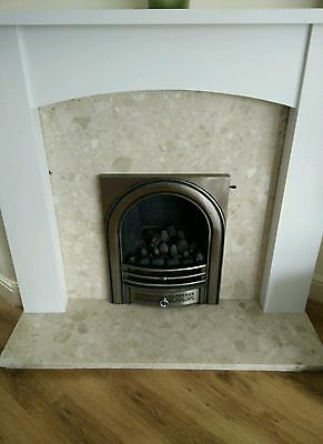 Stone fire place / wooden surround with gas fire