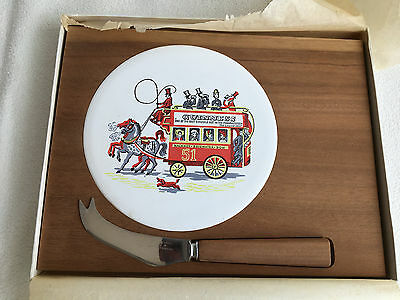 Guinness Cheeseboard Set - 1960's - Rare - Original Box