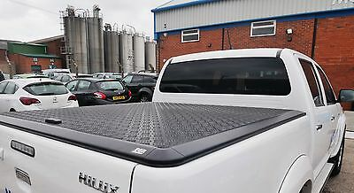 Toyota Hilux Tonneau Cover for double cab
