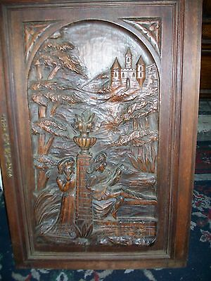 Antique hand carved wood setting from the 16th or 17th century