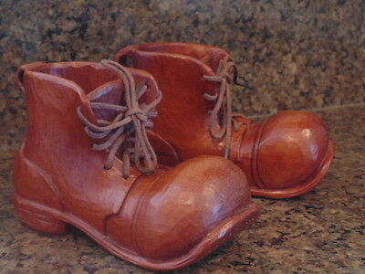Vintage Hand Carved Wood Shoes Hand Made with Fine Detail & Finish AEBD 1985