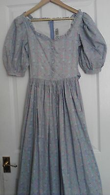 Beautiful Vintage 1970s Laura Ashley Maxi Dress Size 10 Vintage 8  ~ 10