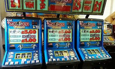 Monopoly deluxe fruit machine accepts new £1 coin (permit number 005955)