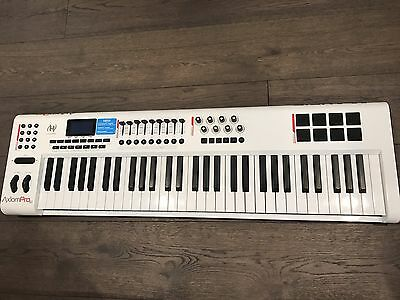 Incredible Condition M-Audio Axiom Pro 61 With Original Packaging