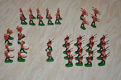 40 Vintage Lead Soldiers in red uniforms possibly British