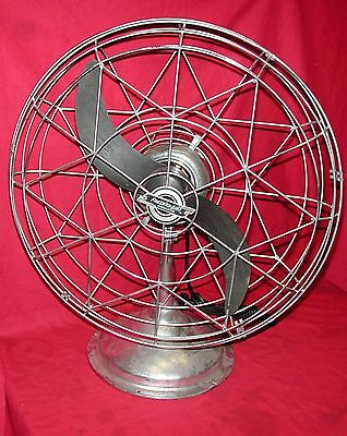 Vintage Fresh'nd Aire Model 2000 Chrome 3-Speed Desk Fan