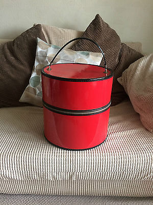 Vintage 1950/1960 red patent hat box Bagmasters of Miami