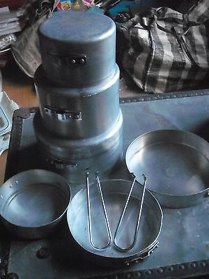 Vintage Aluminium Camping Dixie pans    set of 3   with handles