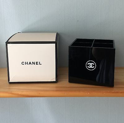 CHANEL | Cosmetics Organiser Make-up Brush Holder
