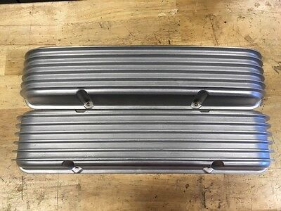 Vintage Cal Custom Small Block Chevy SBC Finned Valve Covers 40-1000 Made in USA