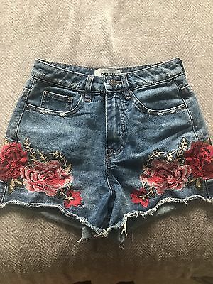 New Look Embroidered Rose Denim Shorts Size 6