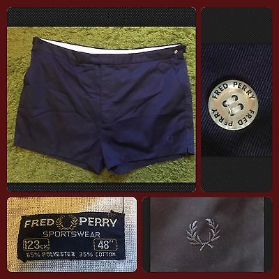 """Vintage FRED PERRY - Men's Navy Blue Chinos Shorts - W46"""""""