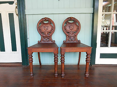 Amazing Pair of Antique Victorian 1800's Kauri Pine Hall Dining Bedroom Chairs