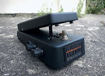 Black Box AUDIO DESTRUCTOR effects pedal - circuit bent frequency distortion wah