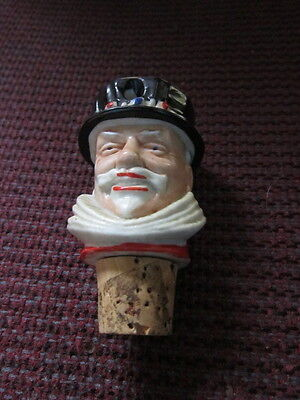 """Vintage Wade Beefeater Gin Wine Stopper Spout Pourer 3""""  LOOK!!"""