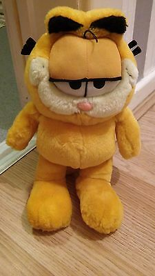 Garfield 11 Inch Soft Toy