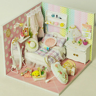 Miniature Wooden Dollhouse Furniture Light Kit Girl Room DIY Craft Puzzle Toy