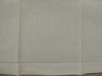 Large Vintage Irish Linen Damask Guest Bath Towel 35 x 19