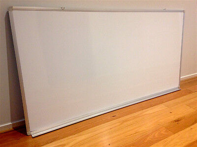 Large Magnetic Whiteboard - 1800mm X 910mm (Wall Mountable) Excellent Condition