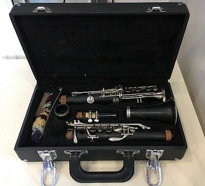 ARBITER PRO SOUND Clarinet In Case  - E18