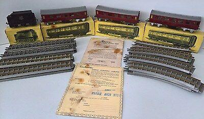 1951 - OO Gauge ROVEX Train Set - Pre Tri-ang / Hornby - LMS Coaches & Track