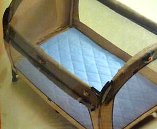 Playette Travel Cot Quilted Sheet Blue