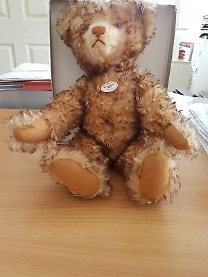 Large Steiff 1926 Replica Bear Issue No 02149