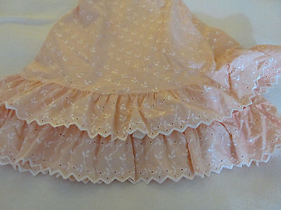 """Vintage 70"""" Round Table Cover Jc Penney Ruffled Eyelet Embroider Peach/apricot"""