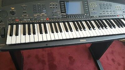 yamaha electric organ With Owners Manual