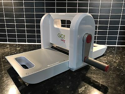 AccuQuilt GO Baby Fabric Cutter Great condition - ex demo