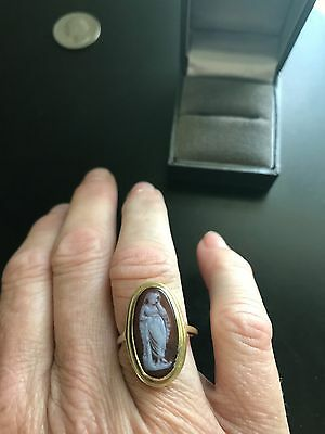Gorgeous Antique Hardstone Agate Cameo Ring of Goddess in 14k Gold Sz 7