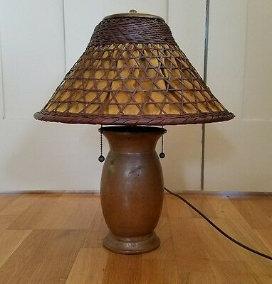 ARTS & CRAFTS HAMMERED COPPER OAK TABLE LAMP w/WICKER SHADE Stickley Era Antique