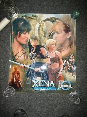 Xena photo 20x24 not a poster but actual autographed photo of Xena & Gabrielle