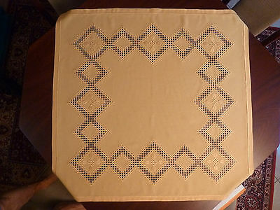 Tableclouth Hardanger yellow sun embroidery 34,6 x 35,8 inch handmade & New