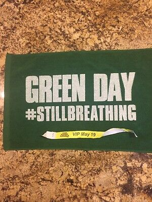 Green Day authentic 5-19-2017 VIP towel Good Morning America in Central Park