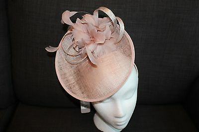BNWT JACQUES VERT FASCINATOR Champagne Neutral Flower Disc, Wedding Races Hat