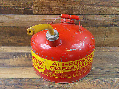 Vintage EAGLE (Model 2 1/2 A) 2 1/2 Gallon Galvanized Metal Gas Can USA